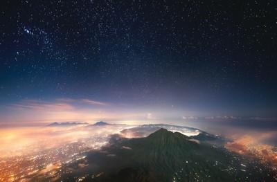 Sleeping Volcano (Indonesia, Bali)