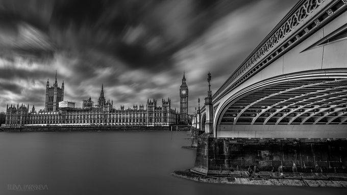 The clock struck One by ElenaParaskeva - London Photo Contest