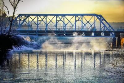 Bridge with Droplets