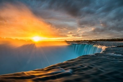 Sunrise over Niagara Falls, Ontario