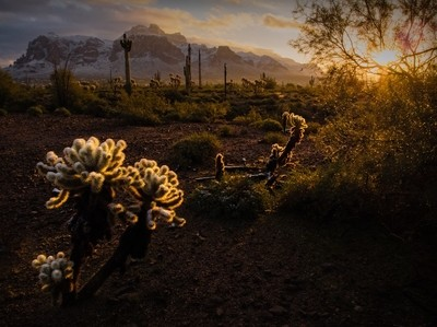 Sunrise_Snow on Superstition Mountains_2877