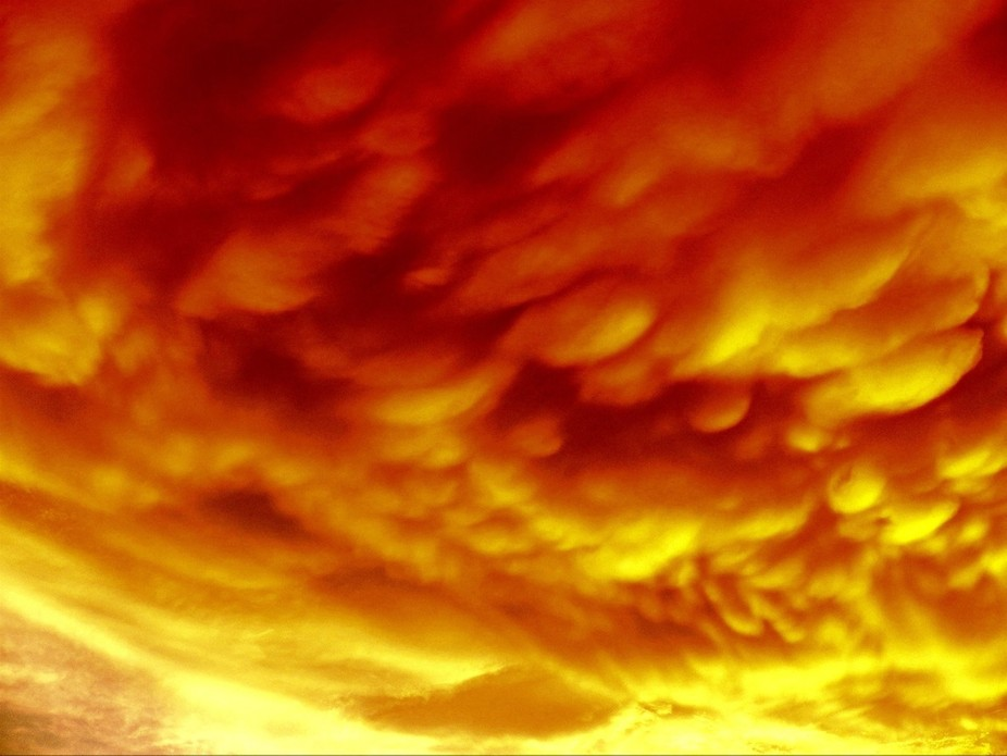 Enhanced with temperature this is the cloud formation over my house this evening..!