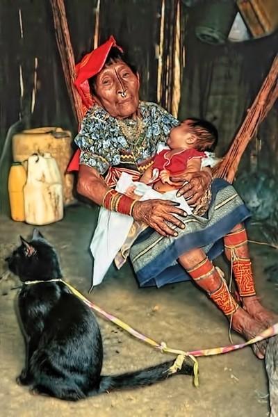 Kuna Grandma, a Baby, and a Cat