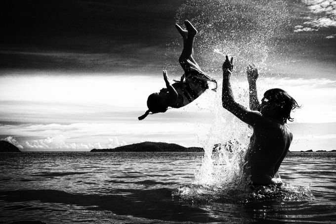 Nina's flip in monochrome by PoloD - People And Water Photo Contest 2017
