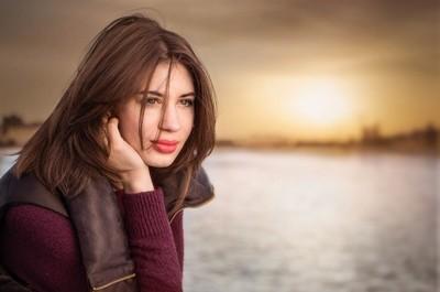 Ksenia portrait on sunset