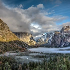 Restless Cloud - Yosemite Valley in the Winter