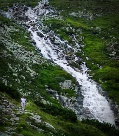 Waterfall Cascading