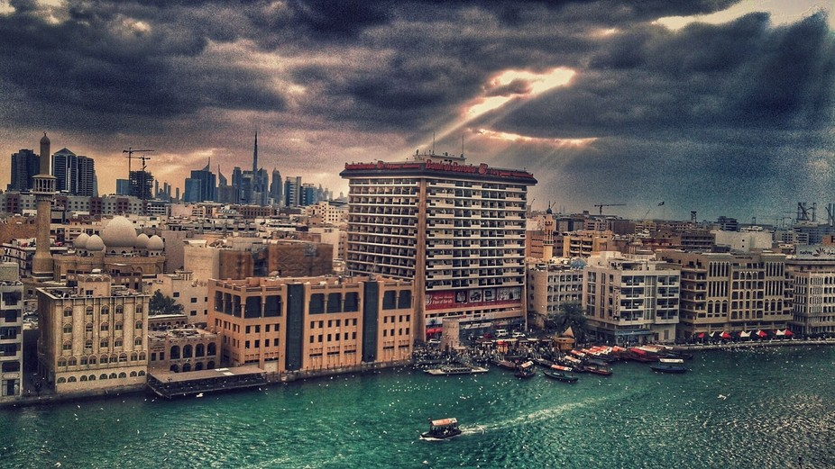 Cloudy day in Dubai