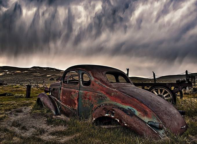 rain by clownsonvelvet - Clouds In Movement Photo Contest