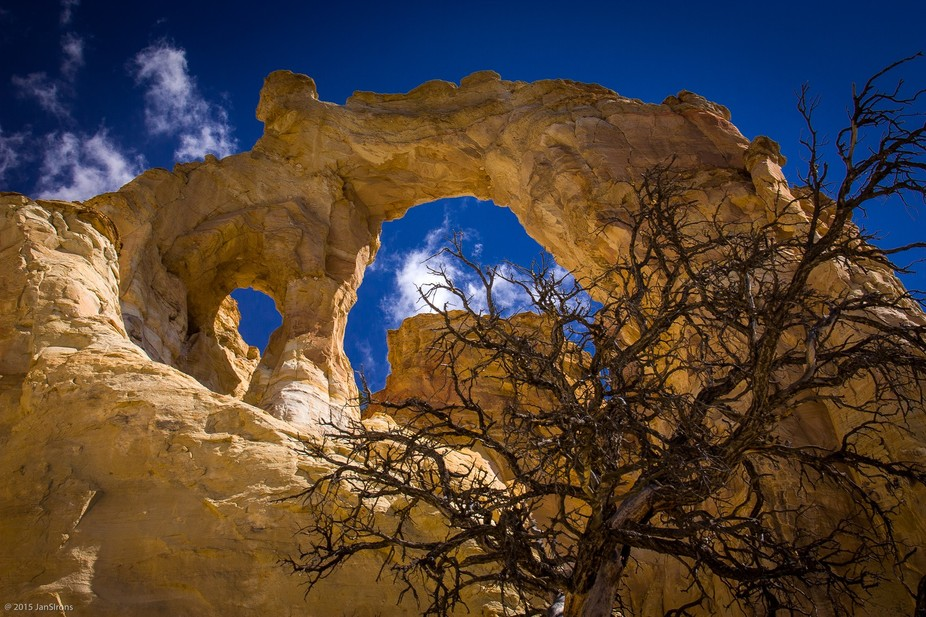 Cottonwood Canyon Road in SW Utah has hidden surprises ... including the Grosnever Arch.