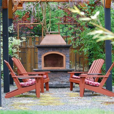 OUTSIDE FIRESIDE during Mother's Day Garden Show in Oceanside on Vancouver Island - May 2015