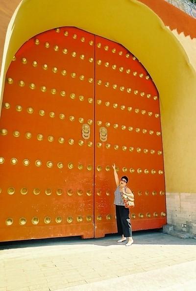 Knock, knock, knocking on heavens door