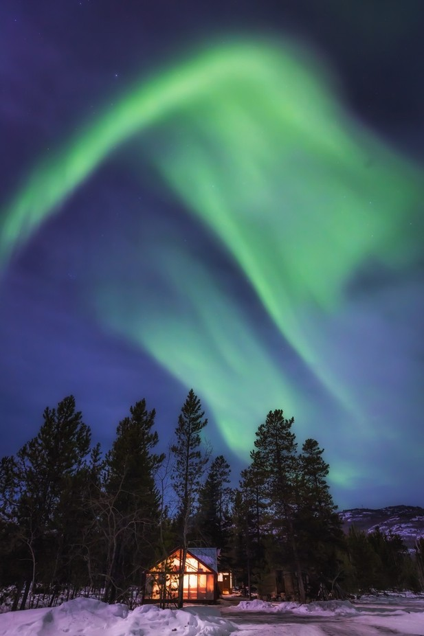 northern lights by Andre11 - Composing with Curves Photo Contest