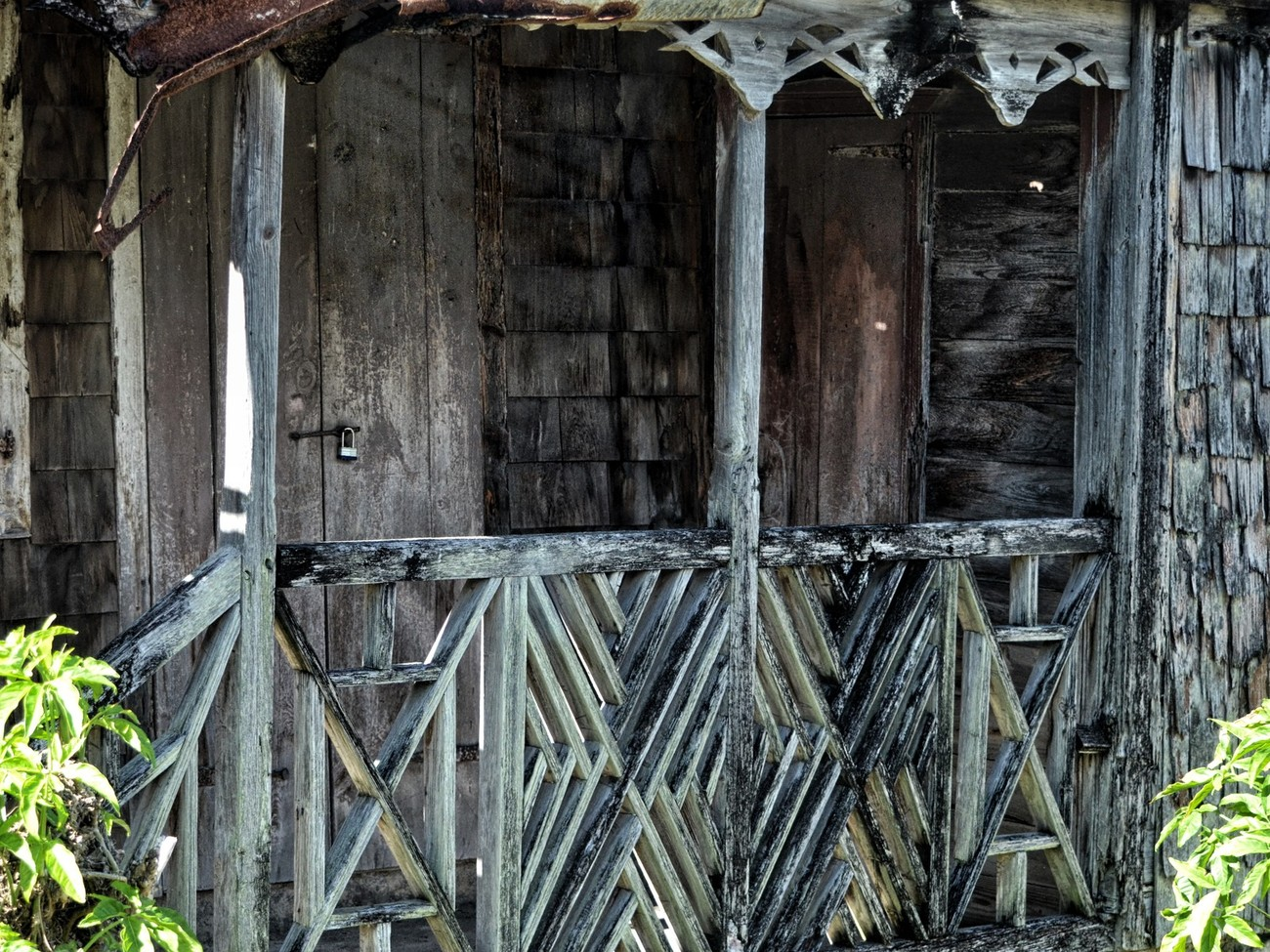 Abandoned shack on the main road in St Kitts.