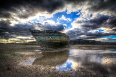 Boat at Traeth Dulas
