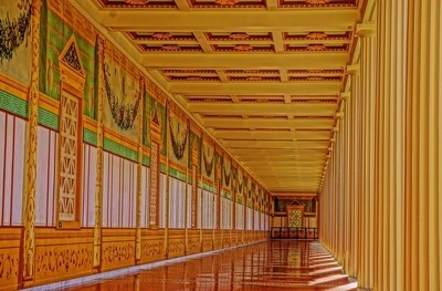 Getty Villa Hallway
