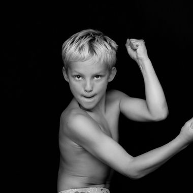 Young Canadian boy shows his muscles of a wished manhood!
