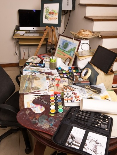 Artists-work-table