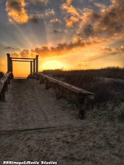 Sunrise path_0322