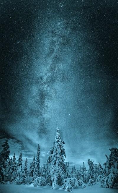 Cold Night In Lapland