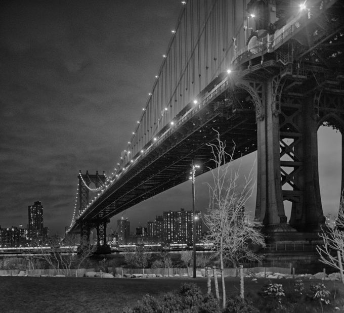 Manhattan Bridge in the dark by Galskjaer - A Black And White World Photo Contest