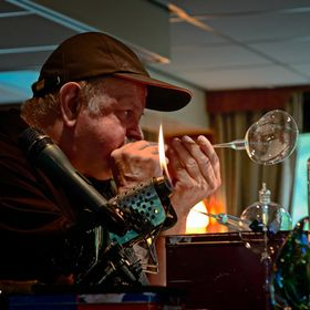 Karl Ittig II does flame working and off hand glass blowing on the furnace and has founded or cofounded two Glass Schools in the US. He and his f...