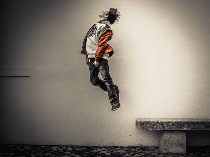 the power of levitation.... by FullRa - The Art Of Levitation Photo Contest