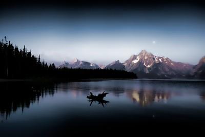 Moonset on Jackson Lake