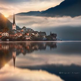 Sunrise at Hallstatt (Austria)