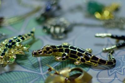 Croc brooch