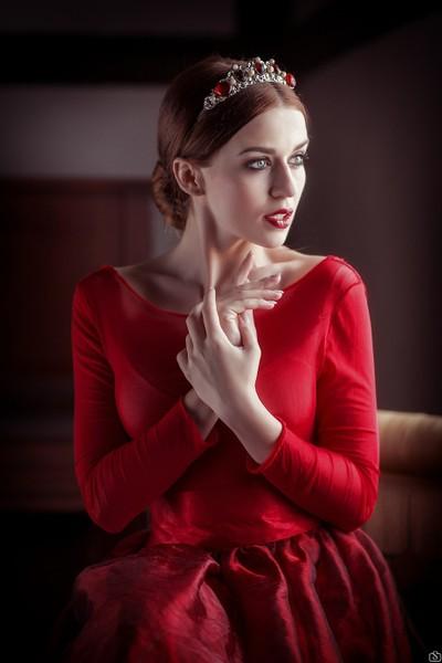 Red queen...