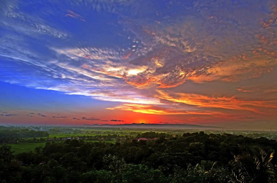 sunset dari bukit Macan, Kebumen.