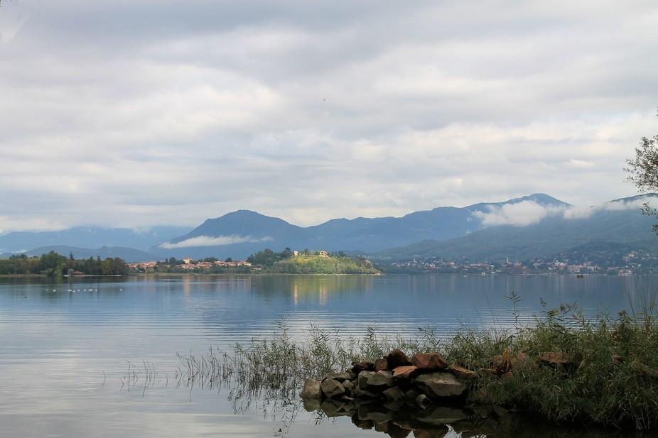 Lago Varese, nr Cazzago Brabbia, Varese, Italy Sept 2012