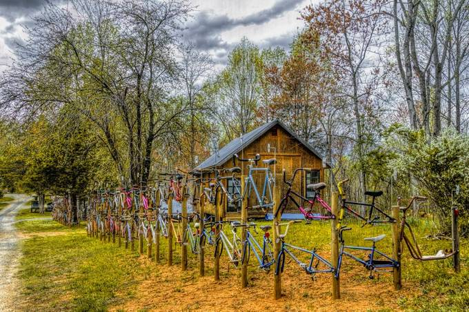 Nikon D300 photo captured just east of the Blue Ridge Parkway in Virginia