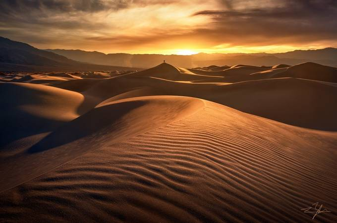 King of Sands by ryanbuchanan - Composing with Curves Photo Contest