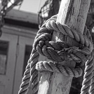 Ropes on Pilgram BW