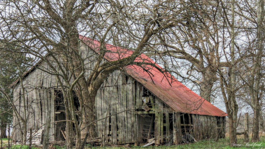 So often forgotten and, with not much time left, they present a beautiful reminder of yesteryear in rural Americana!