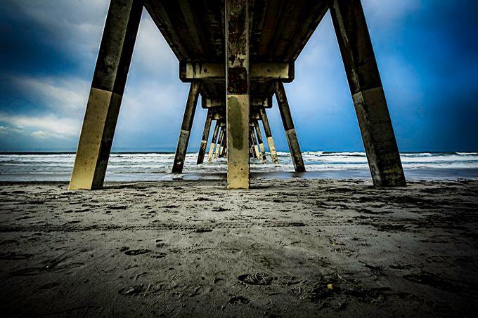 Wilmington Pier by alexgutierrez - Parallel Compositions Photo Contest
