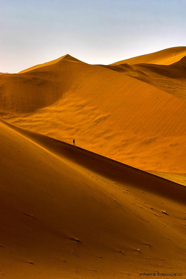 Dune wanderer by Anderl_R - People In Large Areas Photo Contest