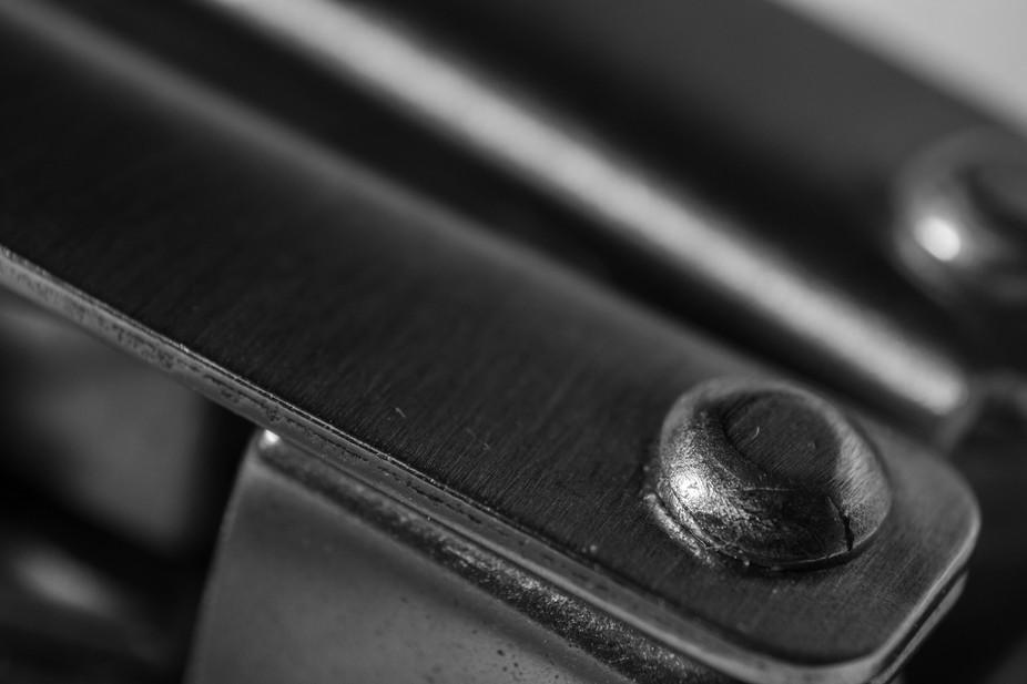 Fold up pocket knife/pliers
