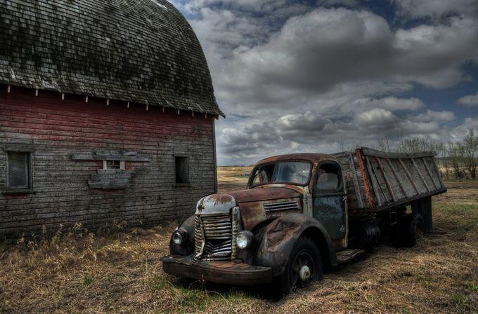 Long-term parking by lenlangevin - Trucks Photo Contest