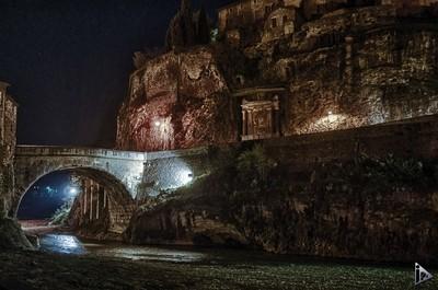 Roman bridge - Vaison la romaine - France