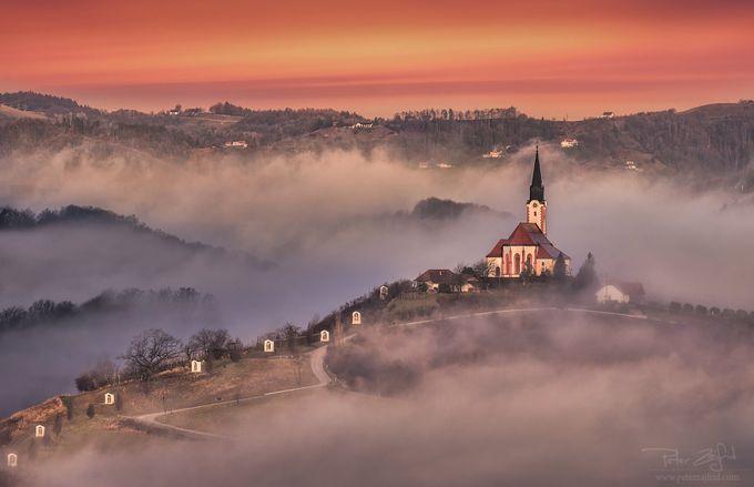 Up the hill by saintek - Compositions 101 Photo Contest vol3