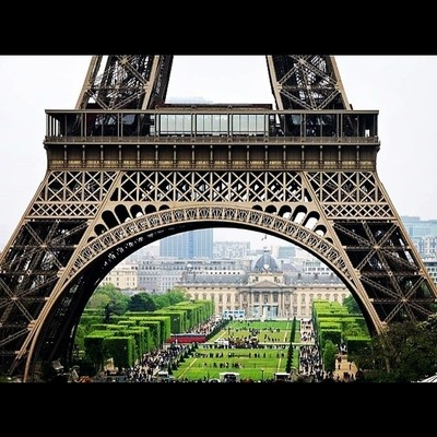 Eiffel Tower as a Frame