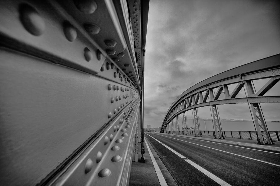 Honsell Bridge in Frankfurt