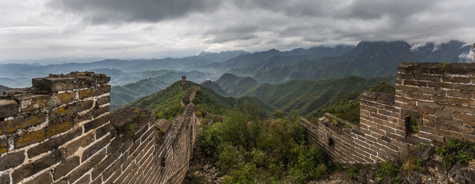 The Great Wall, Jianku part, lost in the middle of the mountain and the forest.