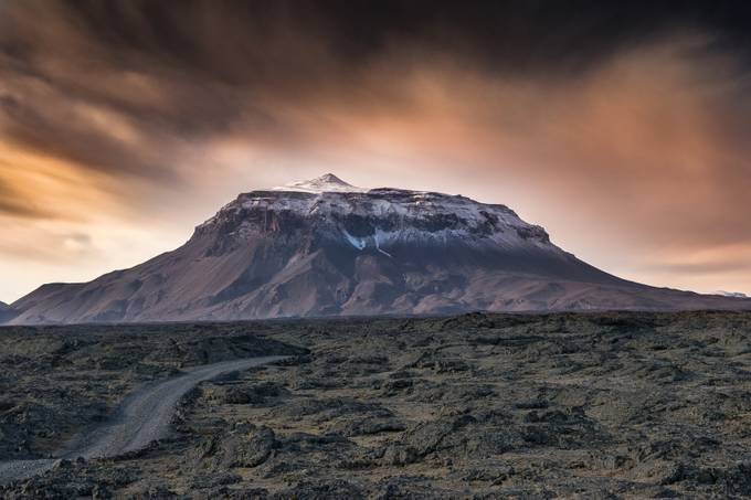 The Queen's Fantasy by Iceland - Sweeping Landscapes Photo Contest