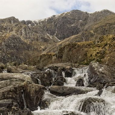 Y Garn towers above Llyn Idwal near Ogwen, Snowdonia