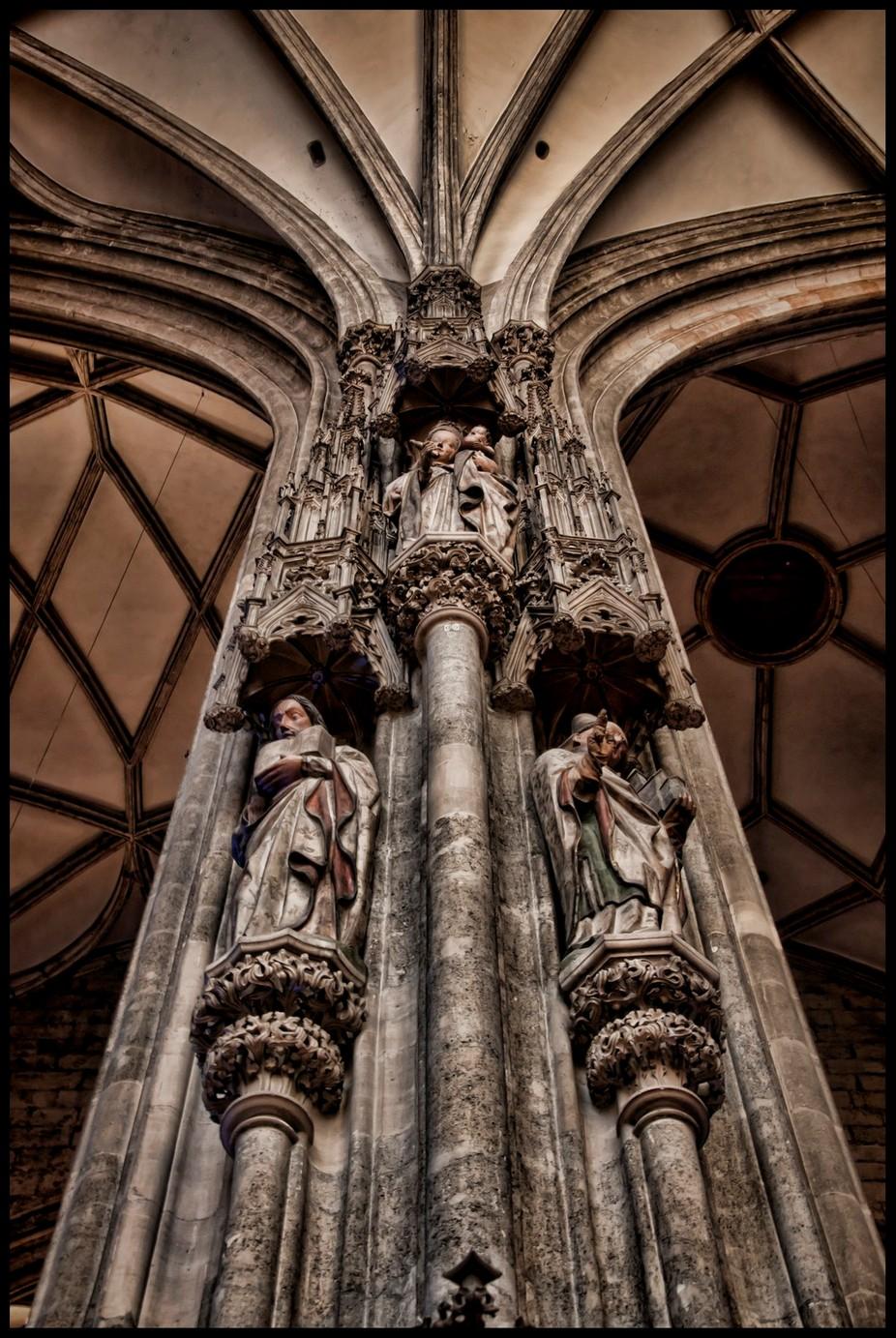 Vienna Statues 4