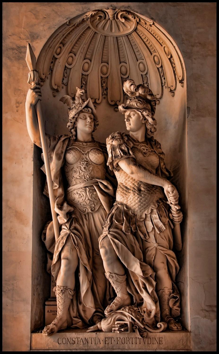 Vienna Statue 9